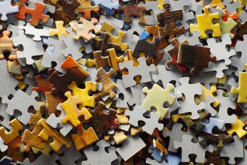 random jigsaw puzzle pieces background